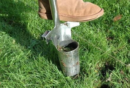 Long Handled Bulb Planter